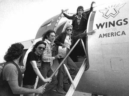 1976 Paul McCartney And Wings