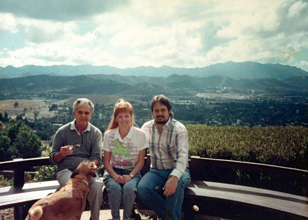 Jack Kirby with Annabelle & Stan Taylor  Thousand Oaks, California, 1989.
